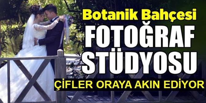 """Botanik park evlenecek çiftlerin """"fotoğraf stüdyosu"""" oldu"""