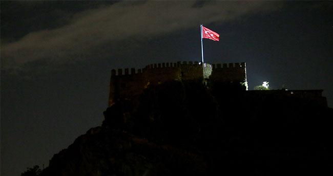 MHP'li Semih Yalçın'ın oğlu Ankara Kalesi'nden düşerek öldü!