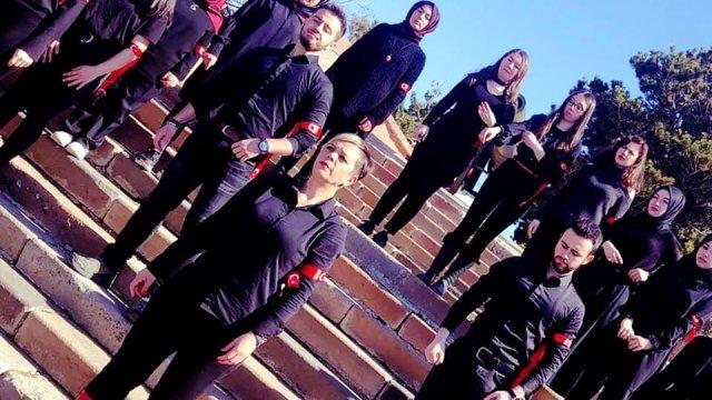 Yakutiye gençleri Barış Pınarı Harekatı'na işaret diliyle destek verdi