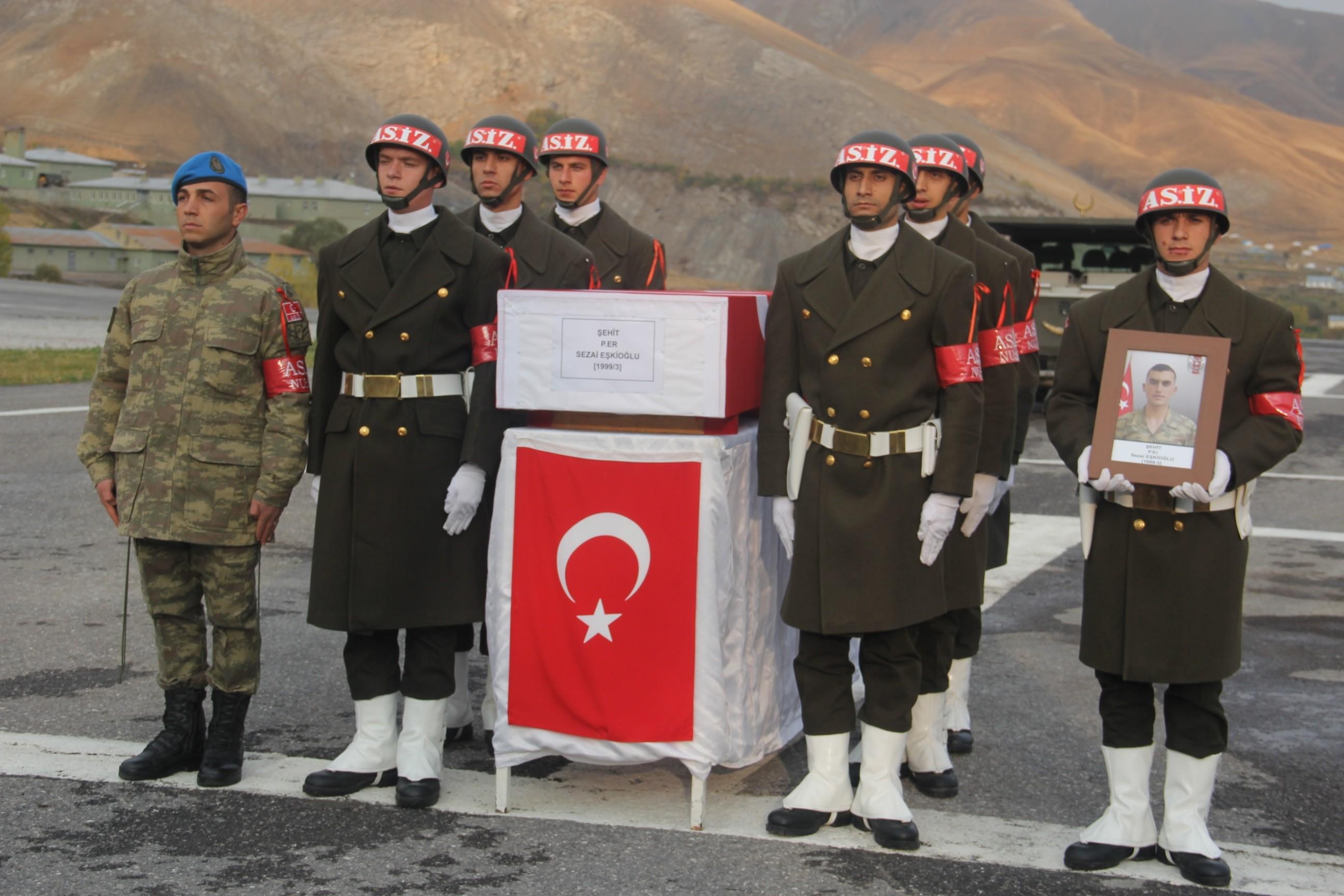 Hakkari'de şehit olan asker törenle memleketine uğurlandı