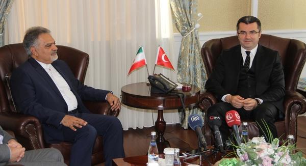 İran Büyükelçisi Farazmand Vali Memiş'i ziyaret etti