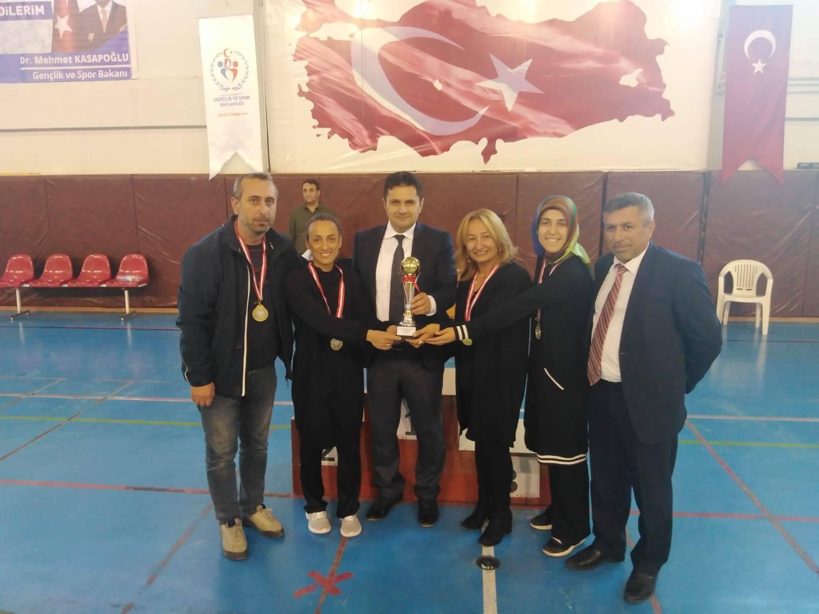 Oltulu öğretmenler Erzurum'u temsil edecek