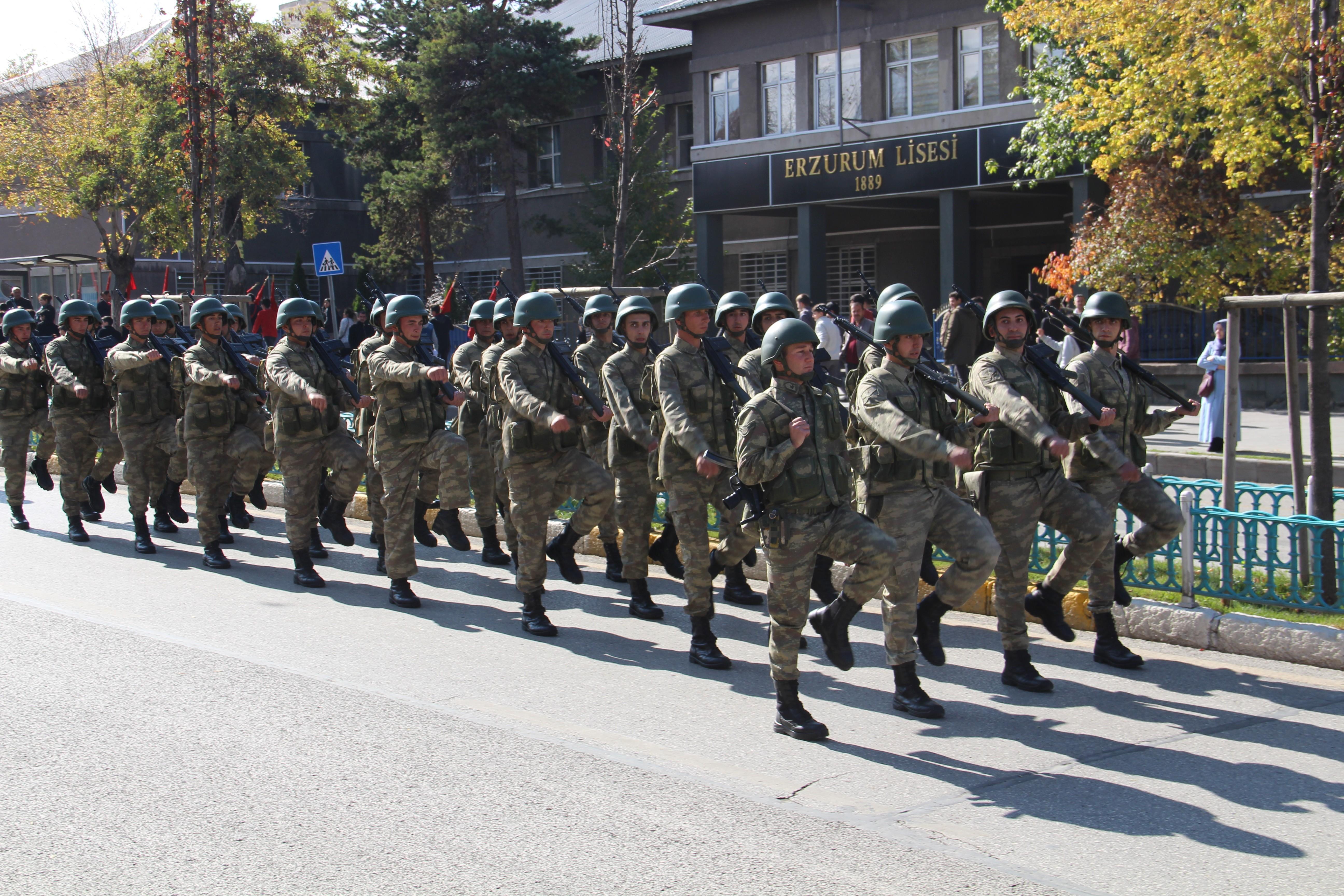 Erzurum'da 29 Ekim Cumhuriyet Bayramı kutlama provası
