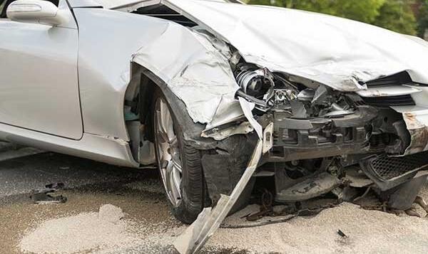 400 bin 'hasarlı araç' yollarda