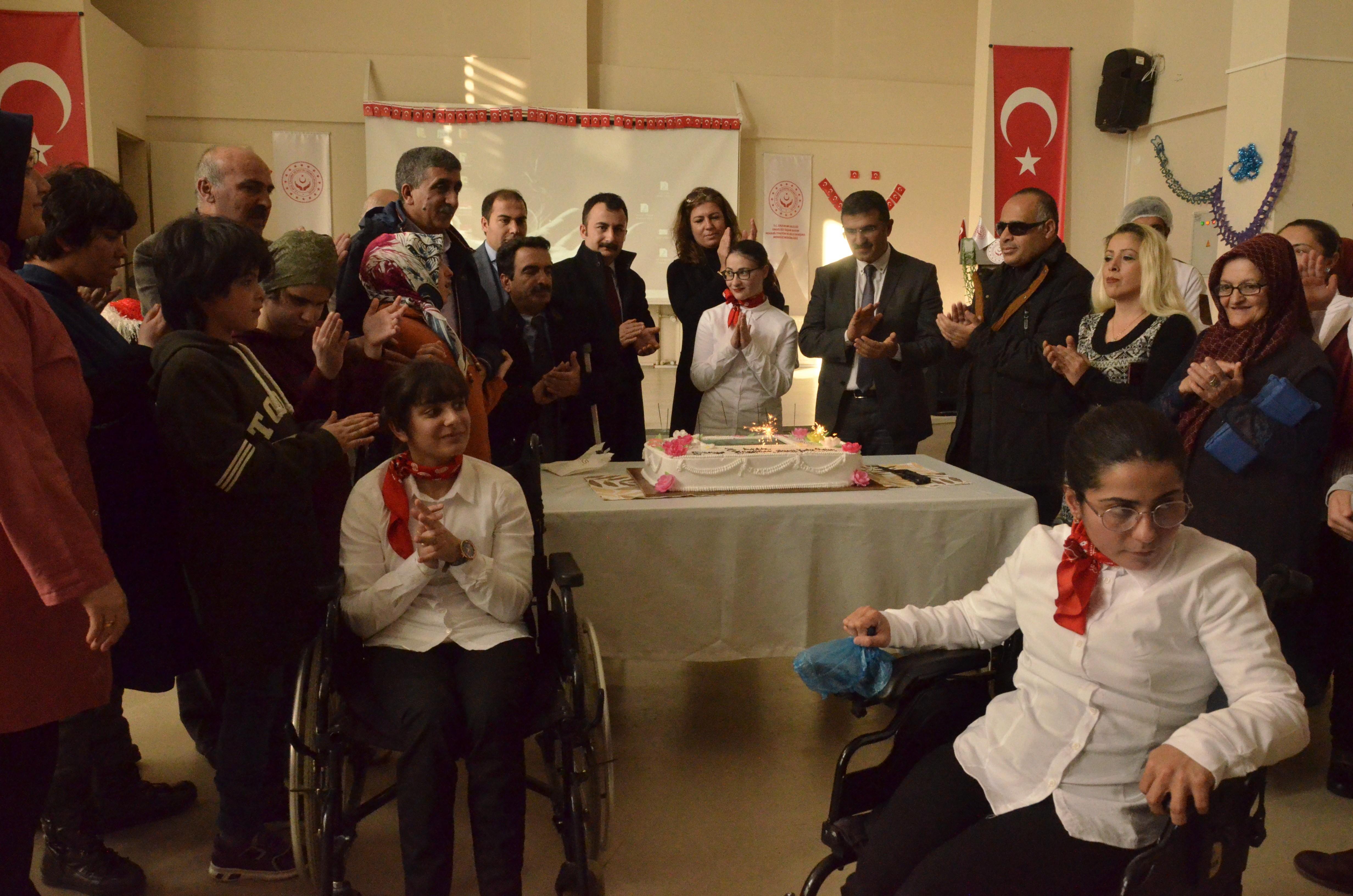 Engelliler doyasıya eğlendi