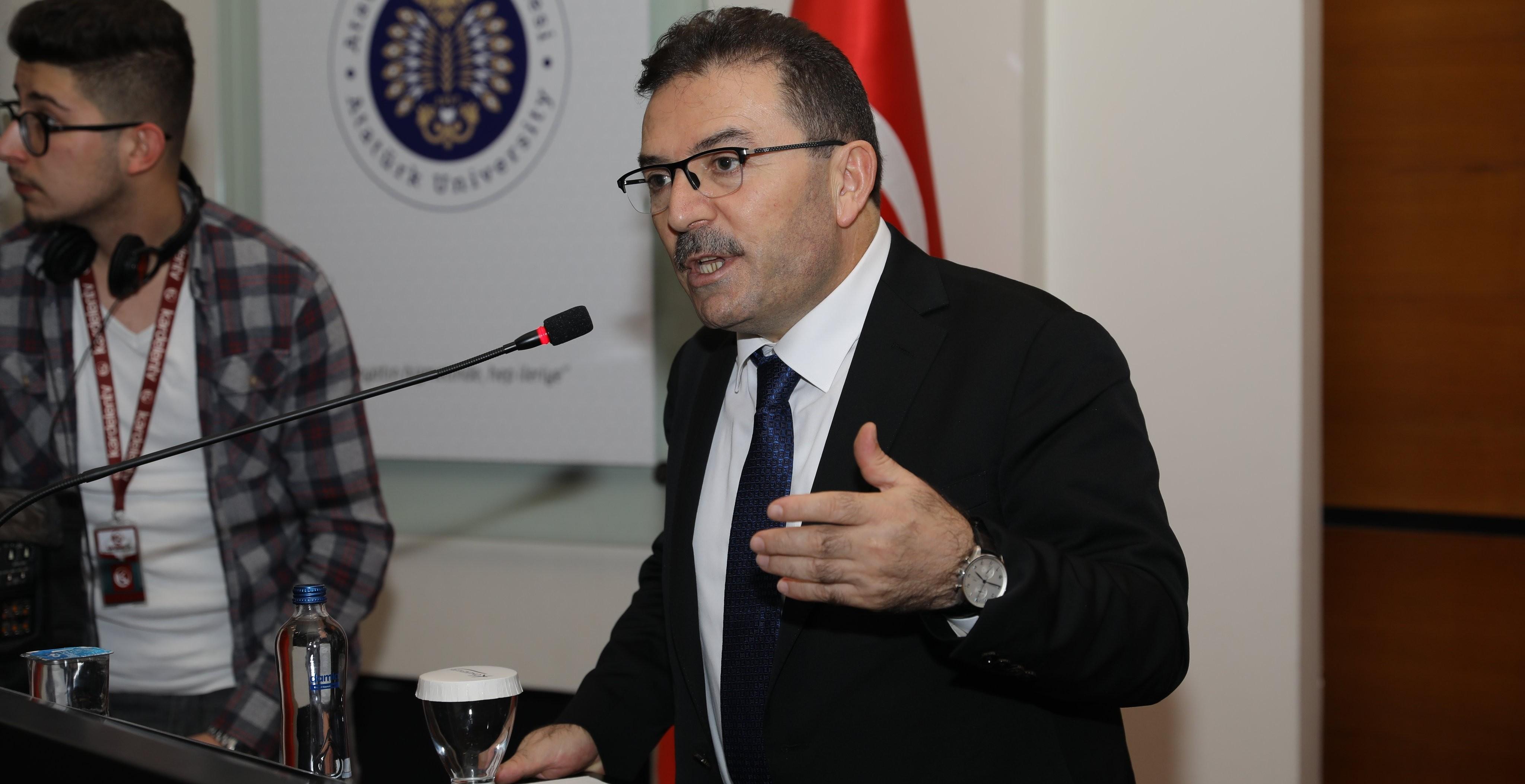 Atatürk Üniversitesi'nde göç ve uyum ele alındı