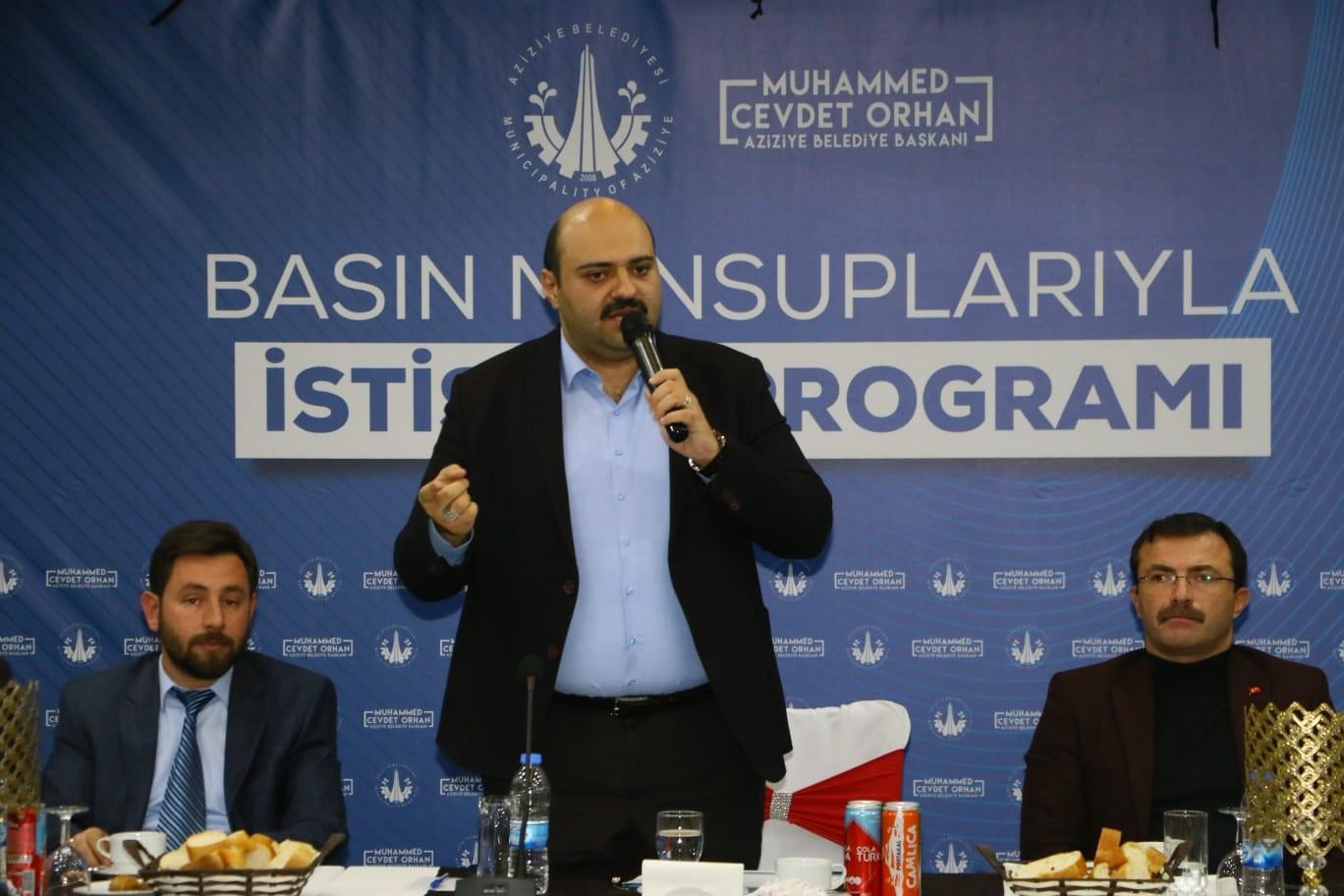 Başkan Orhan basınla istişare etti