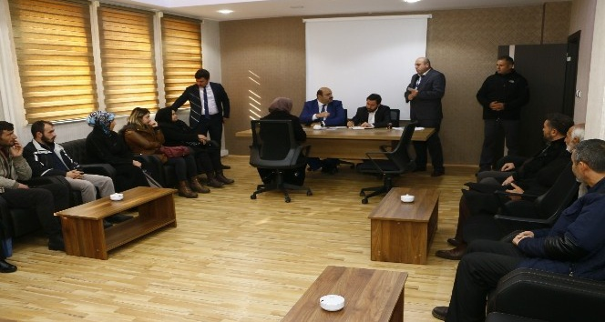 """Başkan Orhan; """"Sosyal medyadan dinleyip Halk gününde çözüyoruz"""""""