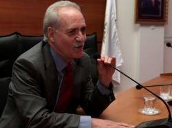 Prof. Özbek'e büyük nişan