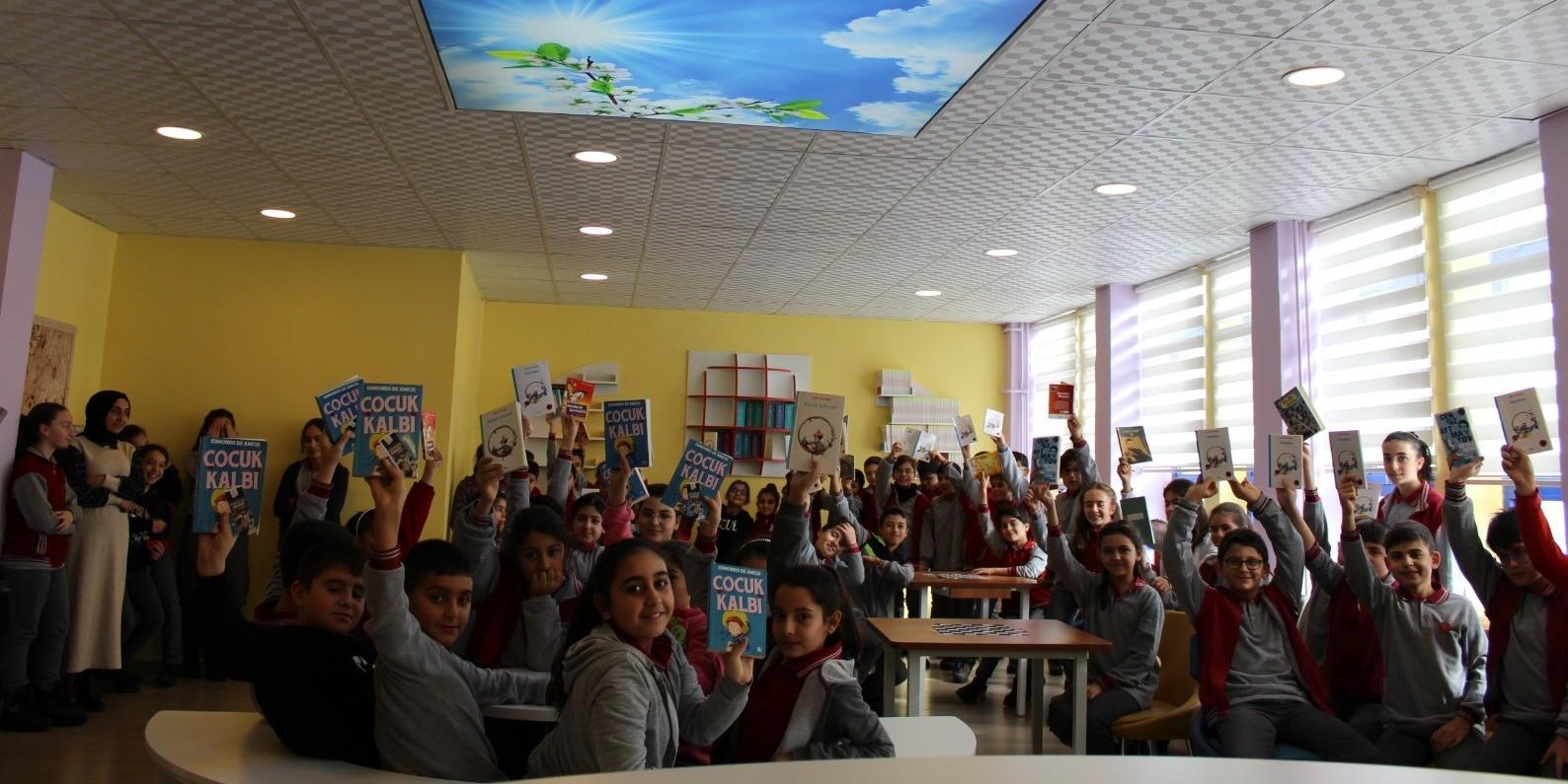 Saltukbey Ortaokulu gönülden okuyor