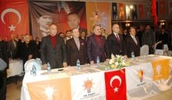 AK Parti Erzurum'da toplandı