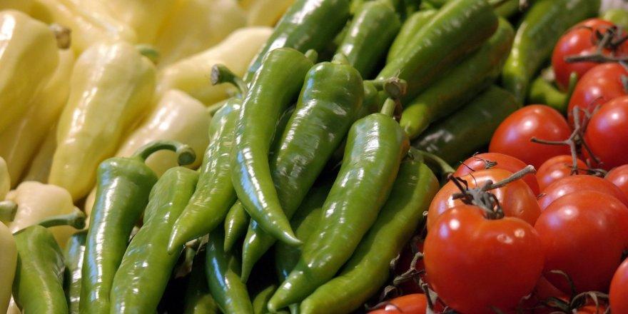 Domates, biber ve salatalıkta zehirli madde tehlikesi