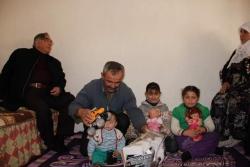 Ziyrek'ten depremzede aileye ziyaret