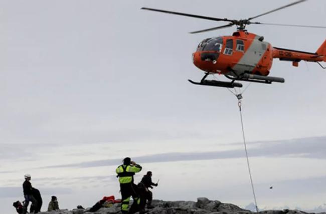 Antarktika'da ilk sabit GNSS istasyonunu kuruldu