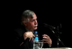 Yazar  Gürlek, Erzurum'da