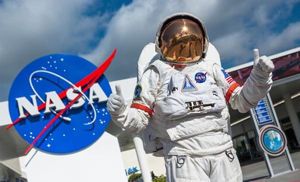 NASA'nın Ay'a insan gönderme hedefi 2 yıl gecikebilir