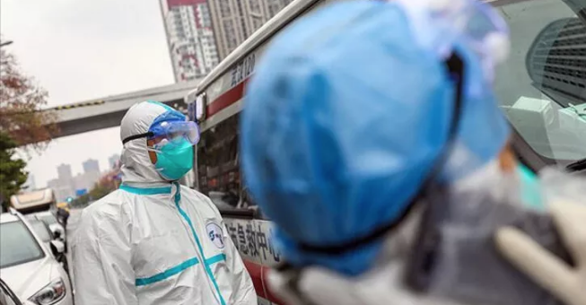 Koronavirüs salgını nasıl sona erer? Uzmanı açıkladı
