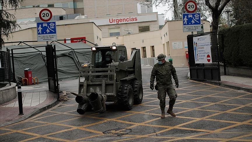 İspanya'da yeni tip koronavirüs kaynaklı can kaybı 8189'a yükseldi