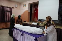 Oltu'da cenaze yıkama kursu