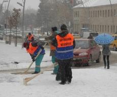 Erzurum'da 100 köy yolu kapandı