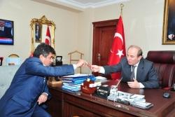 Erkal, Vali Öztürk'ü ziyaret etti