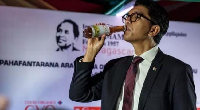 'Koronavirüs ilacı' diyerek içmişti! Madagaskar'da flaş gelişme