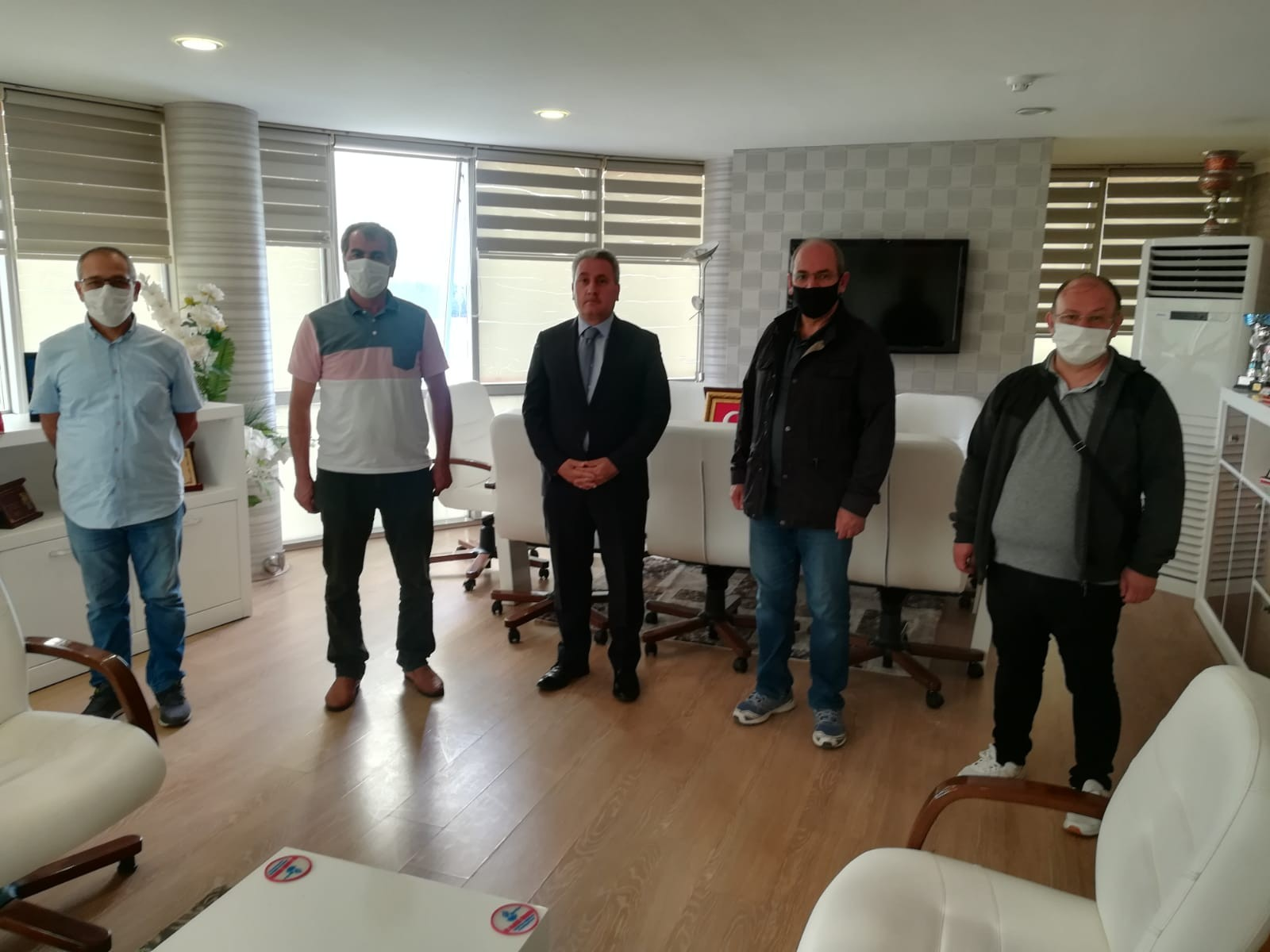 Kayak yöneticileri Gençlik Hizmetleri ve Spor İl Müdürlüğünü ziyaret etti