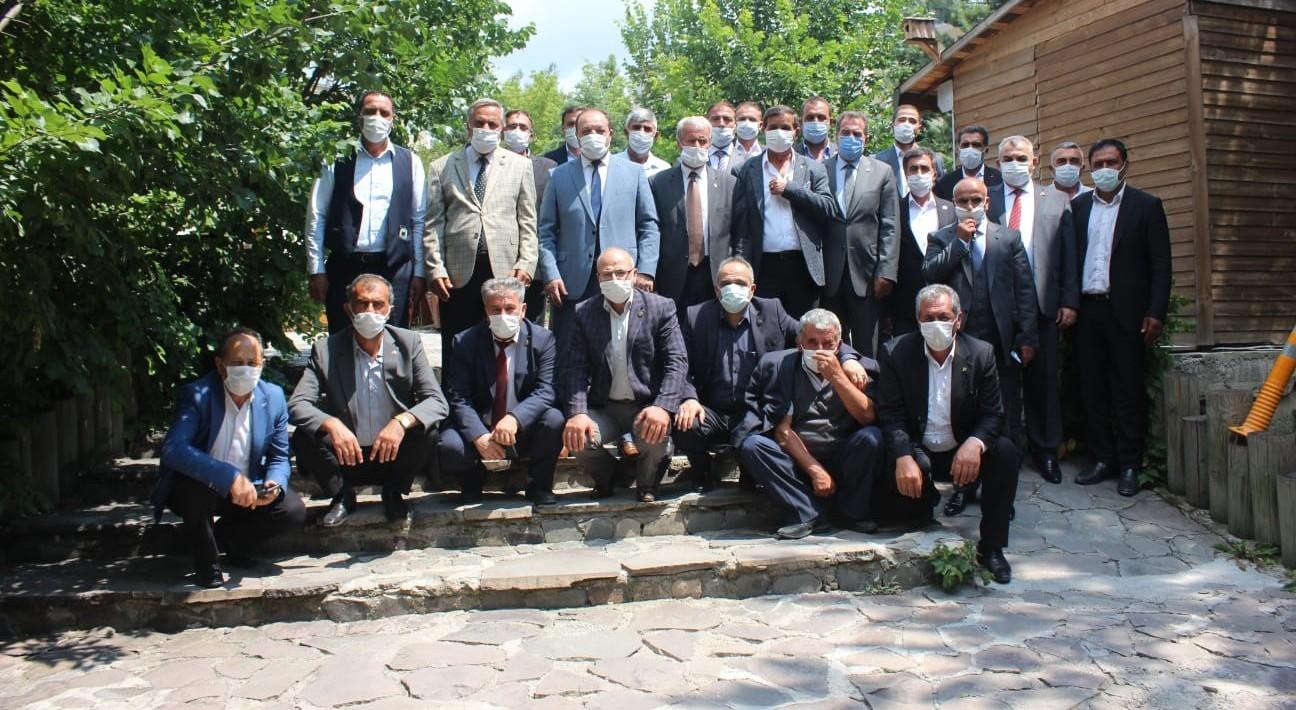 MHP Erzurum'da ilçe kongreleri için start verdi