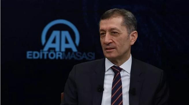 Milli Eğitim Bakanı Selçuk'tan okulların açılmasıyla ilgili açıklama