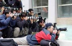 Erzurum'da gazeteciler unutulmadı