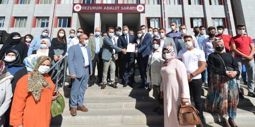 Ak Parti Yakutiye İlçe Başkanı Aydın, mazbatasını aldı ve A takımını belirledi