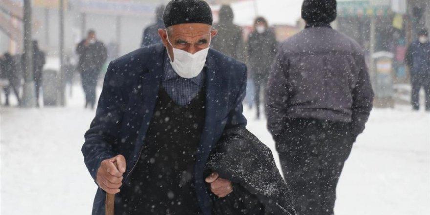Doğu Anadolu'daki 4 il beyaza büründü