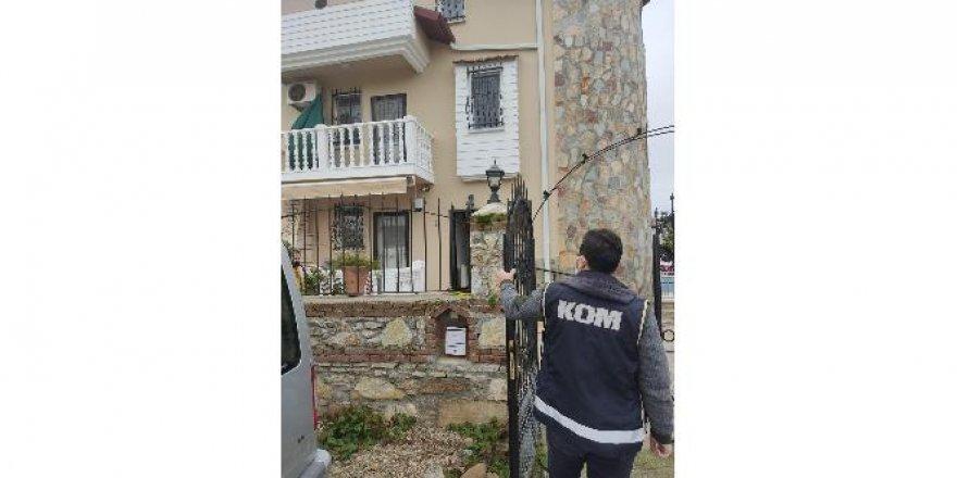 Yaşlı adamın 111 adet tapulu mülkünü üzerine geçiren örgütün 6 şüphelisi yakalandı