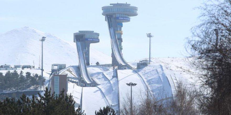 Kayakla atlama kuleleri yaz kış sporculara ev sahipliği yapıyor