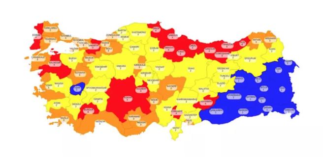 Sağlık Bakanı Koca koronavirüs risk haritasını paylaştı