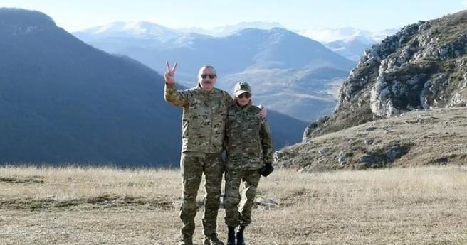Dağlık Karabağ: Azerbaycan, Ermenistan'la yeni bir savaşa mı hazırlanıyor?