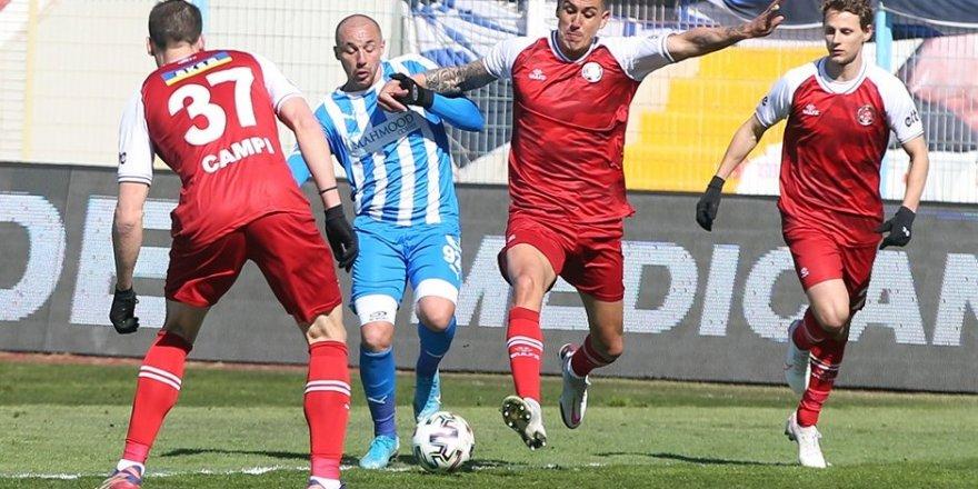 BB Erzurumspor - Fatih Karagümrük maçında gol çok kazanan yok