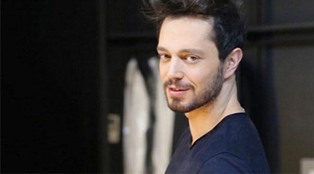 Şarkıcı Murat Boz korona virüse yakalandı