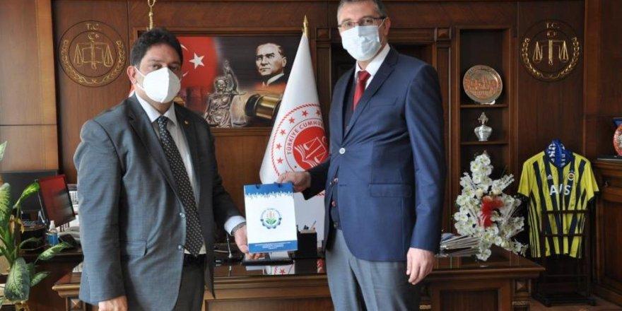 Erzurum Ticaret Borsası, hükümlü yakınlarına ihtiyaç çeki yardımında bulundu