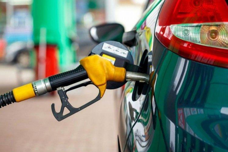 Benzin ve motorine 20 Nisan'dan itibaren büyük zam