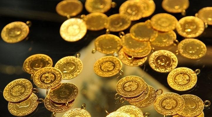 Altın resmen çakıldı! Yatırımcı tedirgin, kritik veri açıklandı