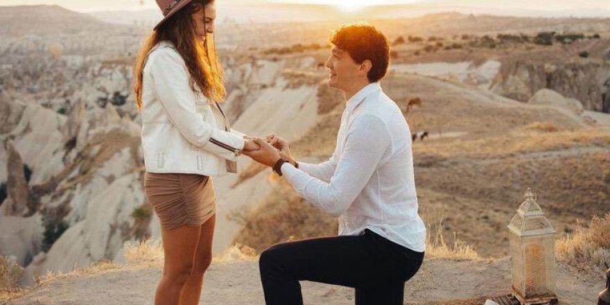 Kapadokya'da romantik evlilik teklifi