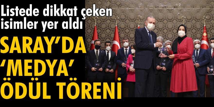Erdoğan medya ödüllerini dağıttı