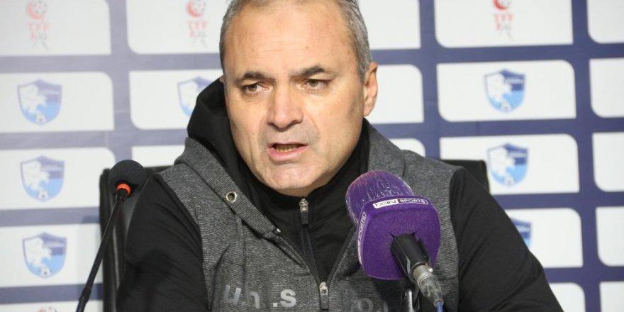 """Erkan Sözeri: """"Güzel bir geri dönüşle önemli bir galibiyet aldık"""""""