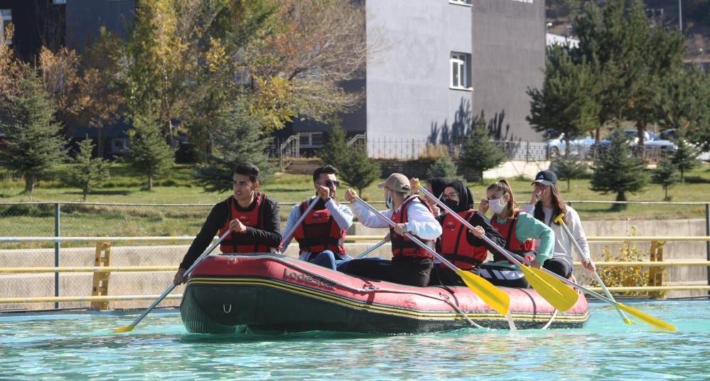 Atatürk Üniversitesi öğrenciler için çeşitli etkinlikler düzenledi