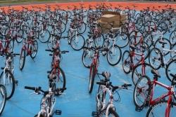 Obezite için öğrencilere bisiklet dağıttıldı