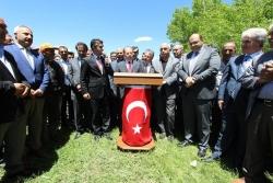 Tarıkdaroğlu, vatandaşlarla bir araya geldi