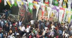 HDP Diyarbakır mitinginde patlama!