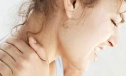 Sırttaki ağrı boyun fıtığına işaret!