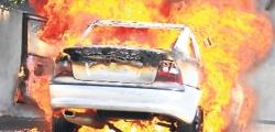 Erzurum'da otomobil yandı